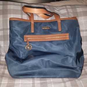 Michael kors xlarge blue tote bag